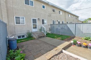 Photo 11: 13325 89A Street in Edmonton: Zone 02 Townhouse for sale : MLS®# E4198931