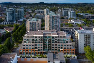 Photo 2: 720 1029 View St in Victoria: Vi Downtown Condo for sale : MLS®# 842999