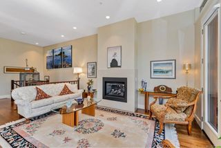 Photo 16: 4 2151 W Burnside Rd in : VR Hospital Row/Townhouse for sale (View Royal)  : MLS®# 853910