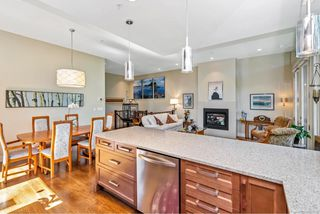 Photo 6: 4 2151 W Burnside Rd in : VR Hospital Row/Townhouse for sale (View Royal)  : MLS®# 853910