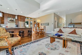 Photo 17: 4 2151 W Burnside Rd in : VR Hospital Row/Townhouse for sale (View Royal)  : MLS®# 853910