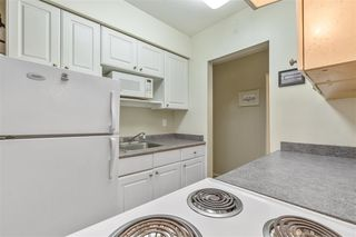 """Photo 6: 209 505 NINTH Street in New Westminster: Uptown NW Condo for sale in """"Fraserview"""" : MLS®# R2505335"""
