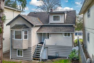 Photo 1: 555 E COLUMBIA Street in New Westminster: The Heights NW House for sale : MLS®# R2519325