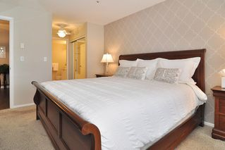 """Photo 12: 205 5556 201A Street in Langley: Langley City Condo for sale in """"Michaud Gardens"""" : MLS®# R2523718"""