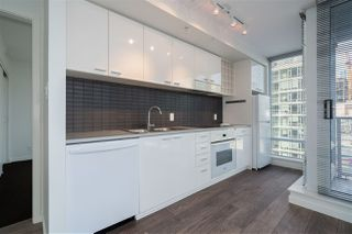 """Photo 7: 805 668 CITADEL PARADE in Vancouver: Downtown VW Condo for sale in """"Spectrum 2"""" (Vancouver West)  : MLS®# R2525456"""