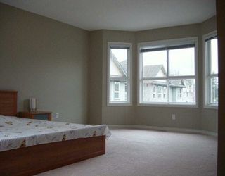"Photo 3: 6777 LIVINGSTONE Place in Richmond: Granville Townhouse for sale in ""HARVARD VILLAS II"" : MLS®# V616120"