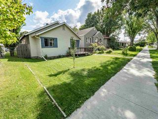 Photo 2: 11909 65 Street in Edmonton: Zone 06 House for sale : MLS®# E4171624