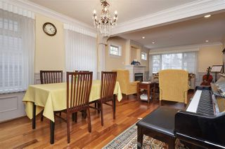 Photo 5: 953 W 15TH Avenue in Vancouver: Fairview VW House 1/2 Duplex for sale (Vancouver West)  : MLS®# R2410098