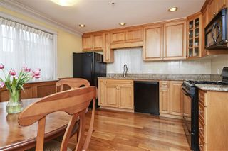 Photo 7: 953 W 15TH Avenue in Vancouver: Fairview VW 1/2 Duplex for sale (Vancouver West)  : MLS®# R2410098