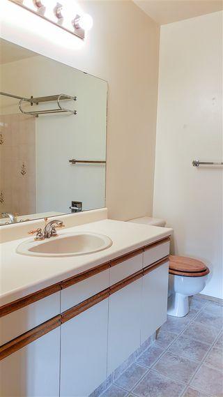 Photo 7:  in Edmonton: Zone 14 House Half Duplex for sale : MLS®# E4181452