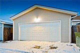 Photo 34: 10 BRIDLEGLEN RD SW in Calgary: Bridlewood House for sale : MLS®# C4291535
