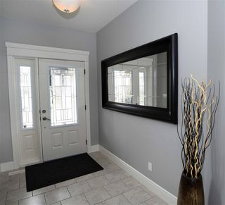 Photo 3: 85 DANFIELD Place: Spruce Grove House for sale : MLS®# E4210045