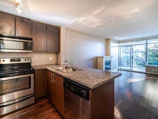 Photo 3: 1003 892 CARNARVON Street in New Westminster: Downtown NW Condo for sale : MLS®# R2508010