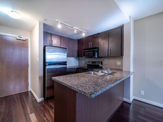 Photo 2: 1003 892 CARNARVON Street in New Westminster: Downtown NW Condo for sale : MLS®# R2508010
