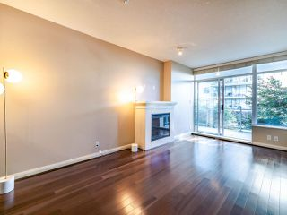 Photo 6: 1003 892 CARNARVON Street in New Westminster: Downtown NW Condo for sale : MLS®# R2508010