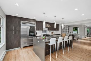 Photo 2: 2245 W 14TH Avenue in Vancouver: Kitsilano House 1/2 Duplex for sale (Vancouver West)  : MLS®# R2508108