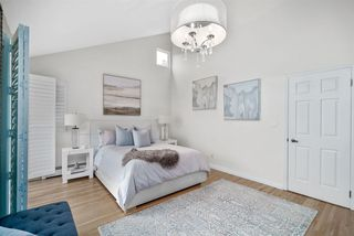 Photo 4: 2245 W 14TH Avenue in Vancouver: Kitsilano House 1/2 Duplex for sale (Vancouver West)  : MLS®# R2508108