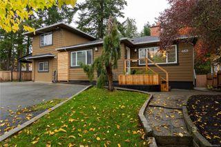 Photo 2: 4821 Cordova Bay Rd in : SE Cordova Bay House for sale (Saanich East)  : MLS®# 858939