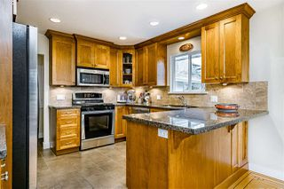 Photo 11: 933 KINSAC Street in Coquitlam: Coquitlam West House for sale : MLS®# R2518051