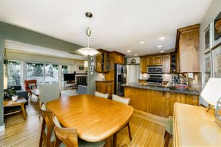 Photo 10: 933 KINSAC Street in Coquitlam: Coquitlam West House for sale : MLS®# R2518051