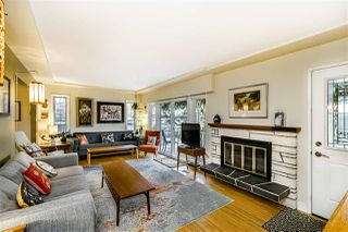 Photo 4: 933 KINSAC Street in Coquitlam: Coquitlam West House for sale : MLS®# R2518051