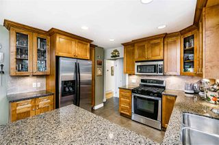 Photo 14: 933 KINSAC Street in Coquitlam: Coquitlam West House for sale : MLS®# R2518051