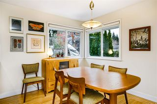 Photo 9: 933 KINSAC Street in Coquitlam: Coquitlam West House for sale : MLS®# R2518051