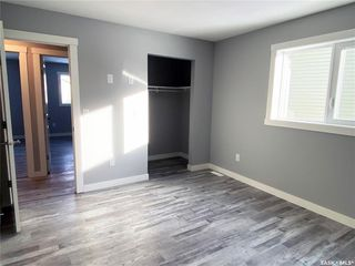 Photo 33: 302 Willow Place in Outlook: Residential for sale : MLS®# SK838188
