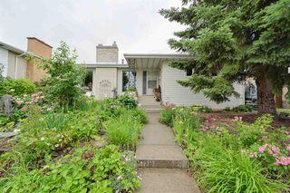 Photo 1: 11003 40 Avenue in Edmonton: Zone 16 House for sale : MLS®# E4166524