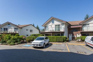 """Photo 19: 204 13870 102 Avenue in Surrey: Whalley Townhouse for sale in """"GLENDALE VILLAGE"""" (North Surrey)  : MLS®# R2394846"""