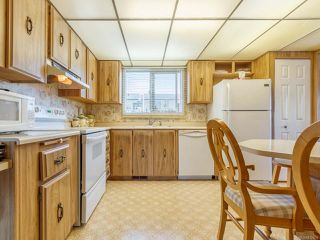 Photo 18: 110 6325 Metral Dr in NANAIMO: Na Pleasant Valley Manufactured Home for sale (Nanaimo)  : MLS®# 822356
