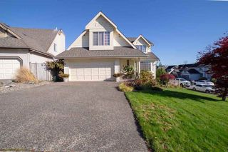 Main Photo: 190 SAN JUAN Place in Coquitlam: Cape Horn House for sale : MLS®# R2423597