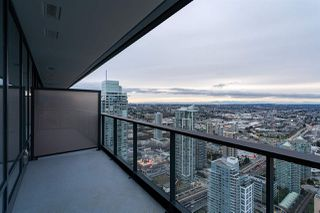"""Photo 7: 5011 4510 HALIFAX Way in Burnaby: Brentwood Park Condo for sale in """"Amazing Brentwood"""" (Burnaby North)  : MLS®# R2427605"""