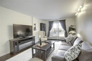 Photo 5: 204 2011 UNIVERSITY Drive NW in Calgary: University Heights Apartment for sale : MLS®# C4305670