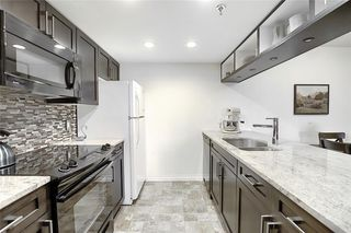 Photo 10: 204 2011 UNIVERSITY Drive NW in Calgary: University Heights Apartment for sale : MLS®# C4305670