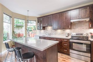 """Photo 9: 24 5950 OAKDALE Road in Burnaby: Oaklands Townhouse for sale in """"HEATHER CREST"""" (Burnaby South)  : MLS®# R2474867"""