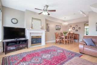 """Photo 6: 24 5950 OAKDALE Road in Burnaby: Oaklands Townhouse for sale in """"HEATHER CREST"""" (Burnaby South)  : MLS®# R2474867"""