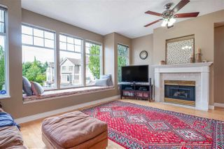 """Photo 2: 24 5950 OAKDALE Road in Burnaby: Oaklands Townhouse for sale in """"HEATHER CREST"""" (Burnaby South)  : MLS®# R2474867"""