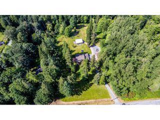 Photo 39: 25183 ROBERTSON Crescent in Langley: Salmon River House for sale : MLS®# R2477122