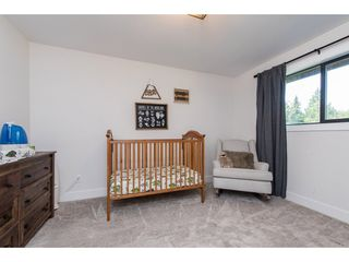 Photo 15: 25183 ROBERTSON Crescent in Langley: Salmon River House for sale : MLS®# R2477122