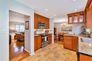 Photo 11: 3633 HAMILTON Street in Port Coquitlam: Lincoln Park PQ House for sale : MLS®# R2500963