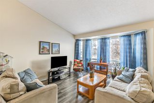 Photo 10: 29 Shannon Road SW in Calgary: Shawnessy Detached for sale : MLS®# A1047684