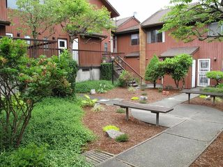 Photo 19: 1 719 E 31ST Avenue in Vancouver: Fraser VE Townhouse for sale (Vancouver East)  : MLS®# R2527482