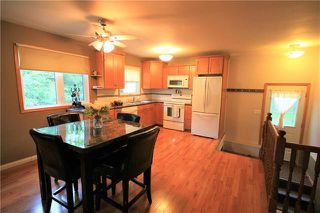 Photo 3: 224 Victoria Avenue West in Morris: R17 Residential for sale : MLS®# 1925422