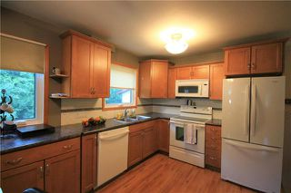 Photo 4: 224 Victoria Avenue West in Morris: R17 Residential for sale : MLS®# 1925422