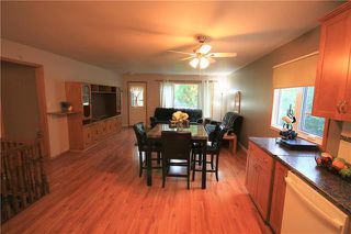 Photo 5: 224 Victoria Avenue West in Morris: R17 Residential for sale : MLS®# 1925422
