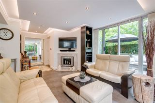 "Photo 5: 6 290 NEWPORT Drive in Port Moody: North Shore Pt Moody Townhouse for sale in ""THE SENTINEL"" : MLS®# R2406138"