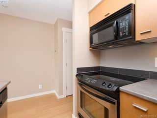 Photo 9: 603 751 Fairfield Rd in VICTORIA: Vi Downtown Condo for sale (Victoria)  : MLS®# 825453