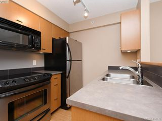 Photo 7: 603 751 Fairfield Rd in VICTORIA: Vi Downtown Condo for sale (Victoria)  : MLS®# 825453