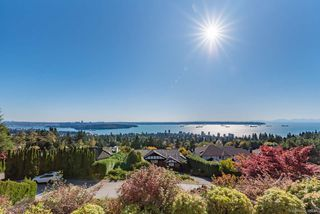 Main Photo: 2158 WESTHILL Wynd in West Vancouver: Westhill House for sale : MLS®# R2411358